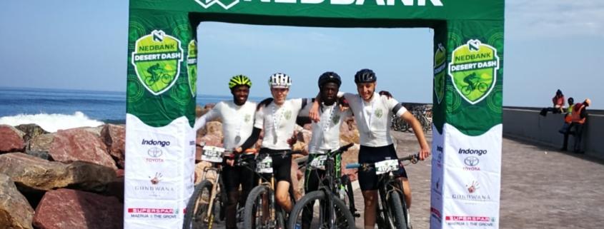 Samuel, Chris, Jacques und Diego haben gemeisnam den Desert Dash 2019 bewältigt